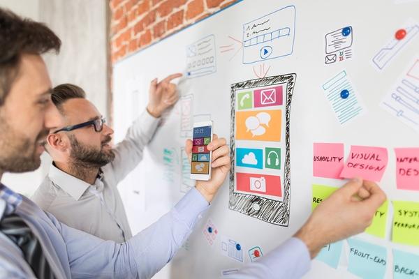 Les métiers dans le digital : UX Designer