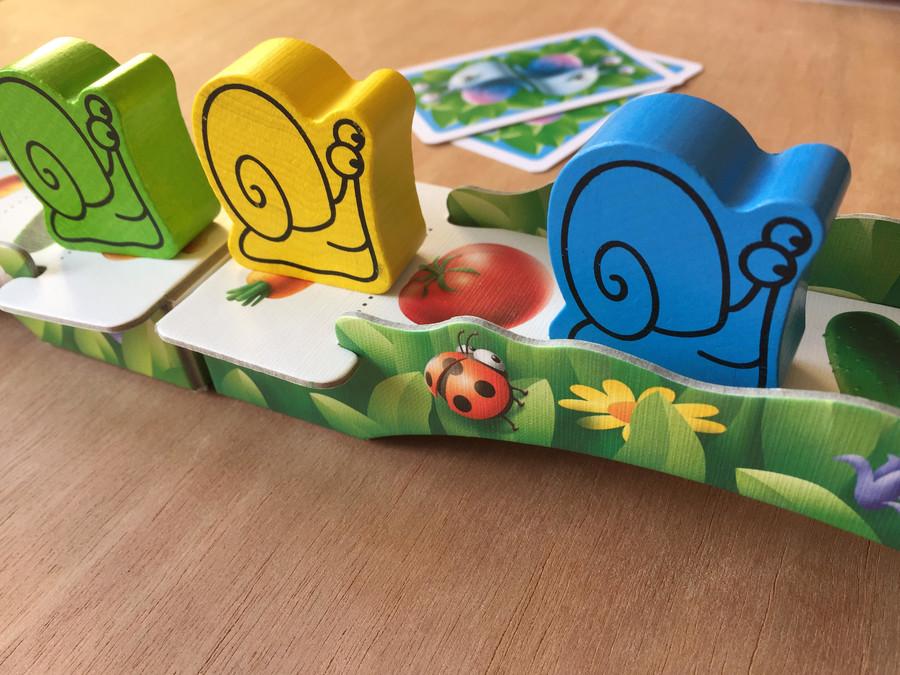 Le jeu de société Mollo l'escargot