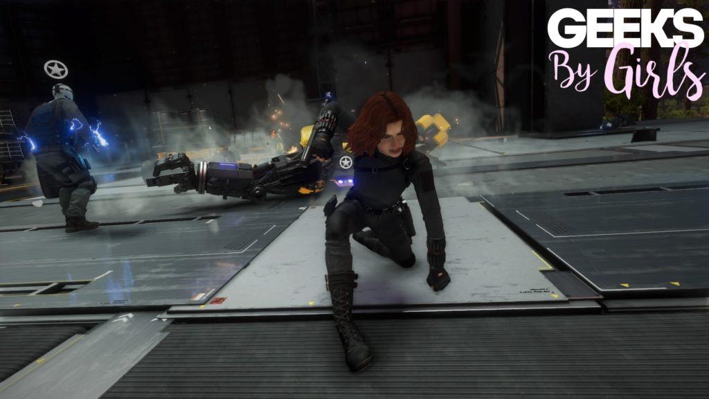 Black Widow en plein combat dans Marvel's Avengers