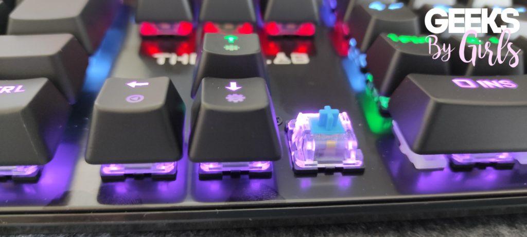 The G-Lab Keyz Carbon V3, switch bleu